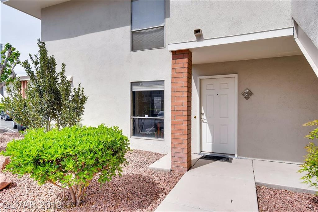 2854 Geary Place - Photo 1