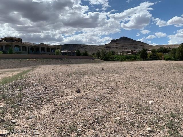 28 Pebble Hills, Las Vegas, NV 89141 (MLS #2094705) :: The Snyder Group at Keller Williams Marketplace One