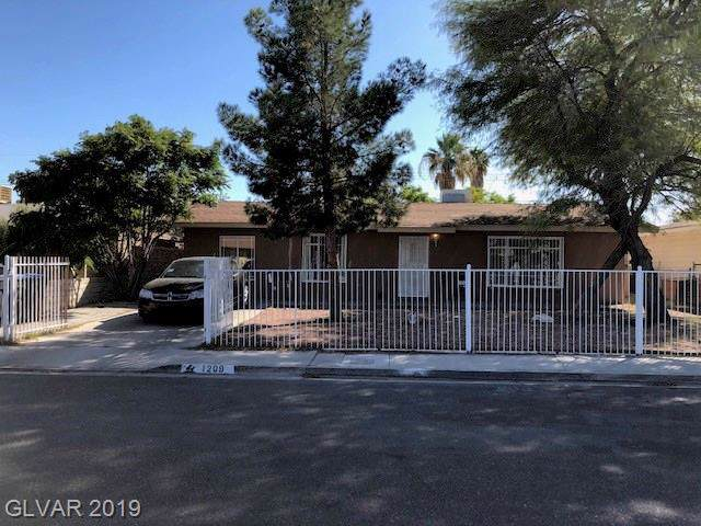 1209 Reynolds, North Las Vegas, NV 89030 (MLS #2143913) :: Trish Nash Team