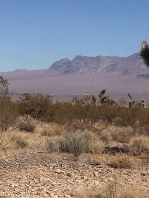 Kyle Canyon, Las Vegas, NV 89166 (MLS #2145921) :: The Perna Group