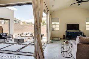 2275 Sutton Cliff, Henderson, NV 89052 (MLS #2154098) :: ERA Brokers Consolidated / Sherman Group