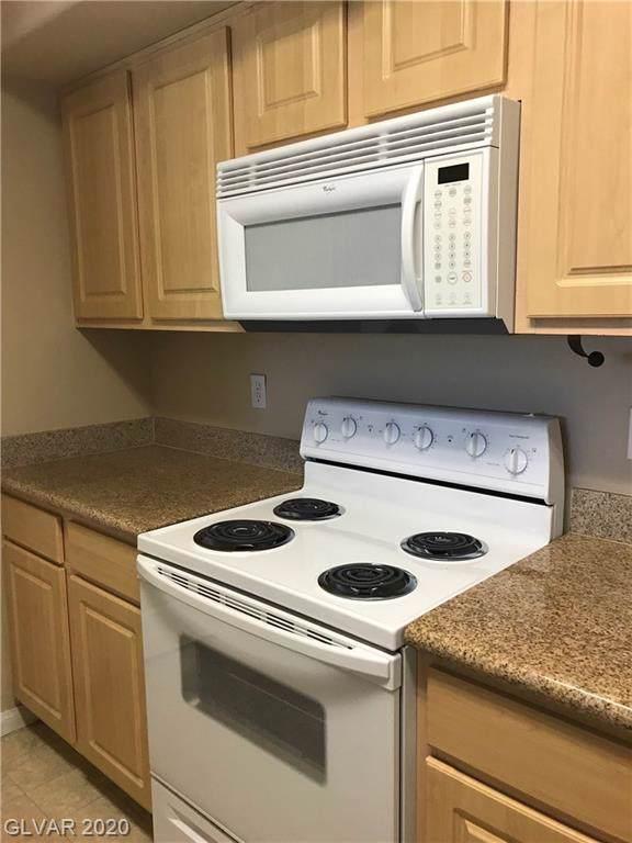 8000 Badura #2189, Las Vegas, NV 89113 (MLS #2166379) :: Signature Real Estate Group