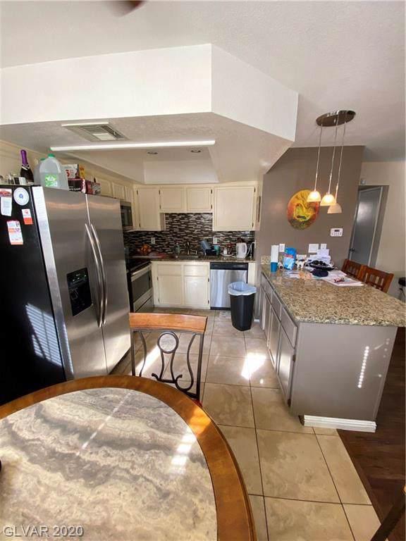 1112 Observation Drive #101, Las Vegas, NV 89128 (MLS #2166932) :: Hebert Group | Realty One Group