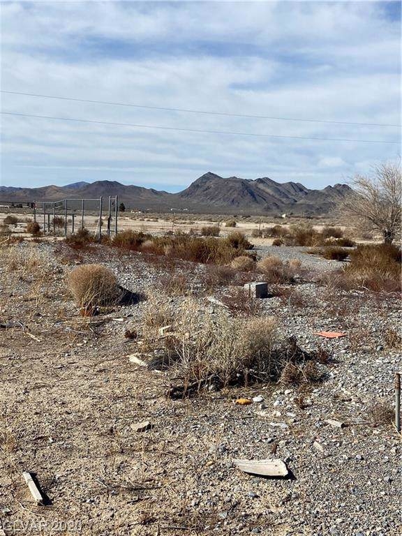 2681 W Luke, Pahrump, NV 89060 (MLS #2168165) :: Vestuto Realty Group