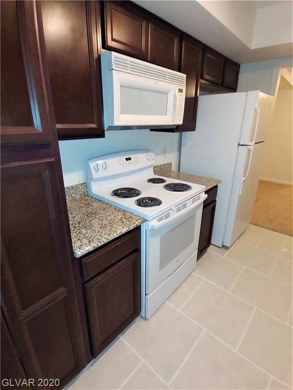 639 Oakmont #3906, Las Vegas, NV 89109 (MLS #2168552) :: Hebert Group | Realty One Group