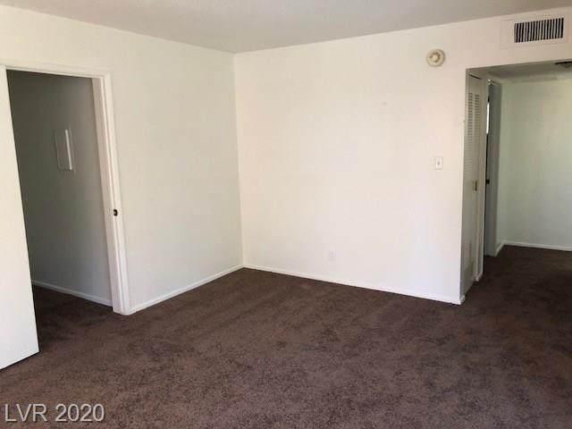 350 Desert Inn D207, Las Vegas, NV 89109 (MLS #2179697) :: Helen Riley Group | Simply Vegas