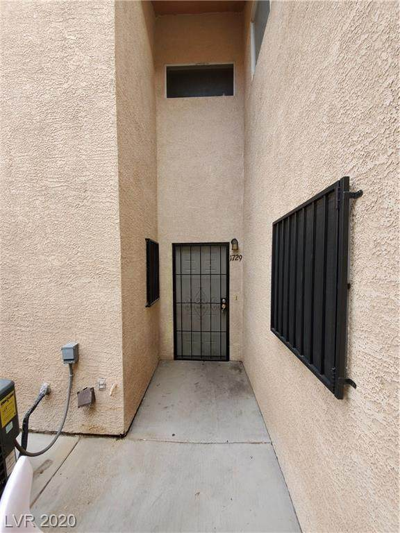1729 Lamont, Las Vegas, NV 89115 (MLS #2183218) :: The Mark Wiley Group | Keller Williams Realty SW