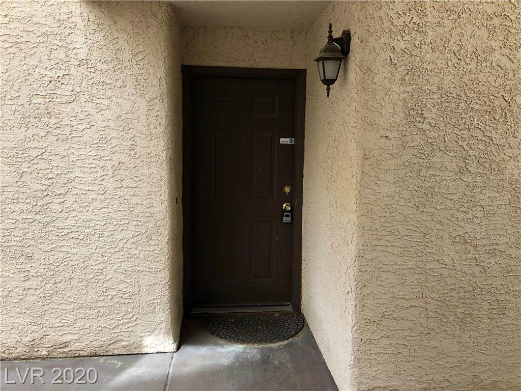 2200 Fort Apache - Photo 1