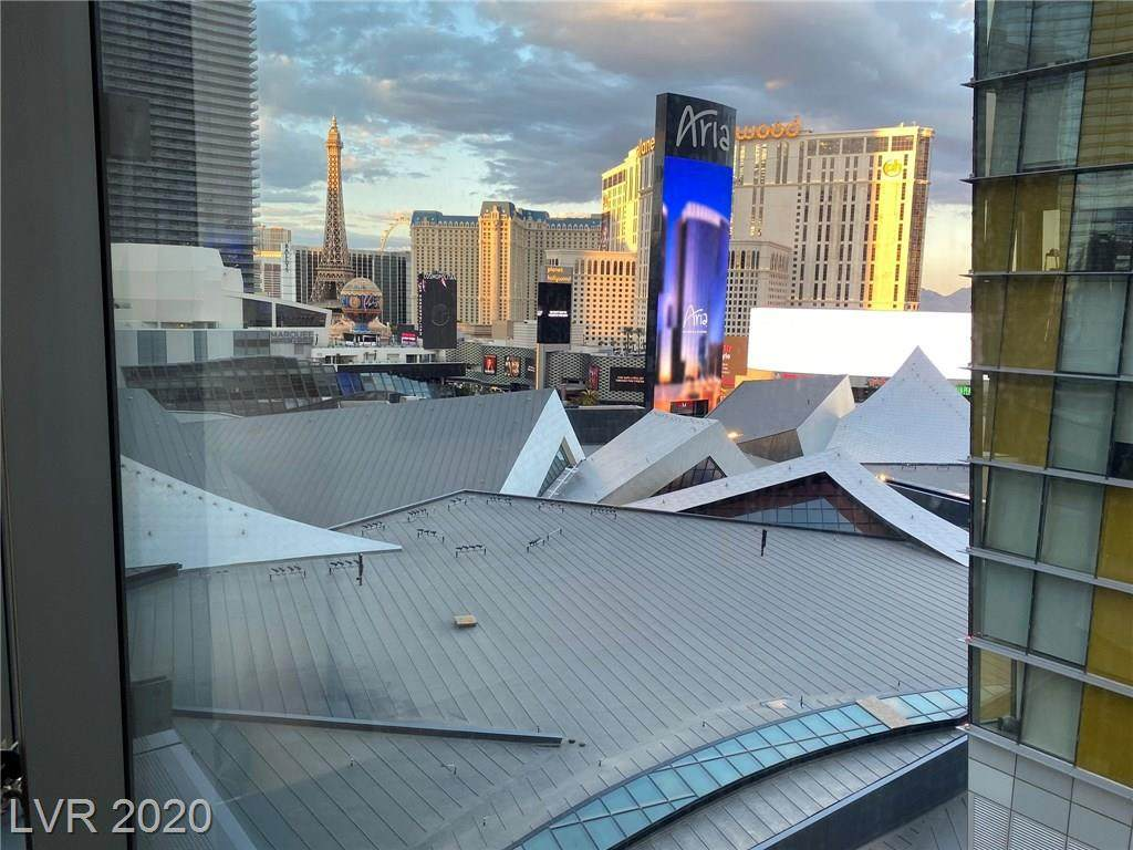 3726 Las Vegas - Photo 1