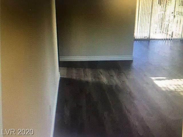 1405 Vegas Valley #72, Las Vegas, NV 89169 (MLS #2193760) :: Billy OKeefe | Berkshire Hathaway HomeServices