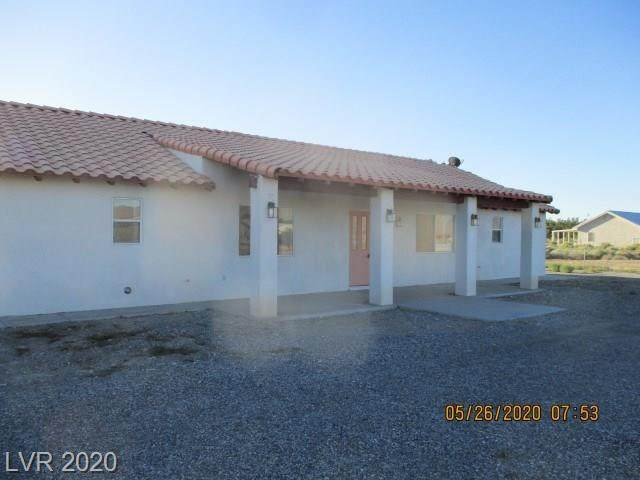 3601 S Vanguard, Pahrump, NV 89048 (MLS #2200381) :: Vestuto Realty Group
