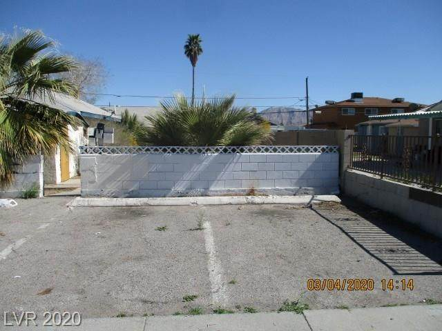 2106 Statz Street, North Las Vegas, NV 89030 (MLS #2202157) :: Performance Realty