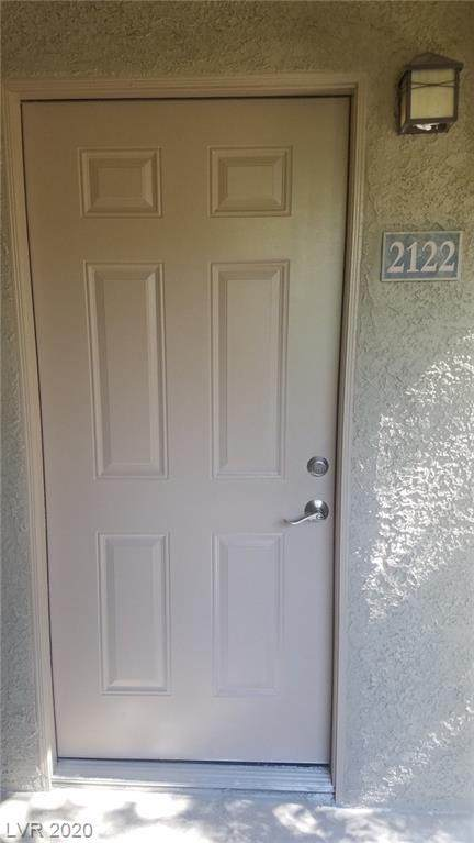 4400 S Jones Boulevard #2122, Las Vegas, NV 89103 (MLS #2206045) :: The Lindstrom Group