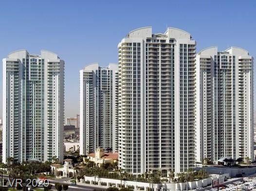2877 Paradise Road #704, Las Vegas, NV 89109 (MLS #2208066) :: Helen Riley Group | Simply Vegas