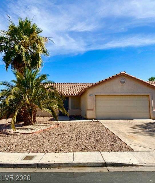 2115 Logsdon Drive, North Las Vegas, NV 89032 (MLS #2218610) :: Hebert Group | Realty One Group