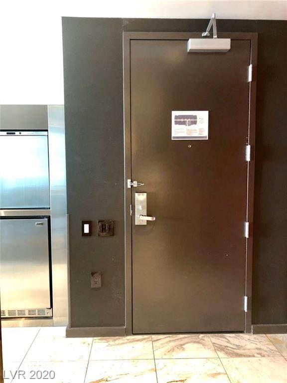 4381 Flamingo #50303, Las Vegas, NV 89103 (MLS #2220059) :: Signature Real Estate Group