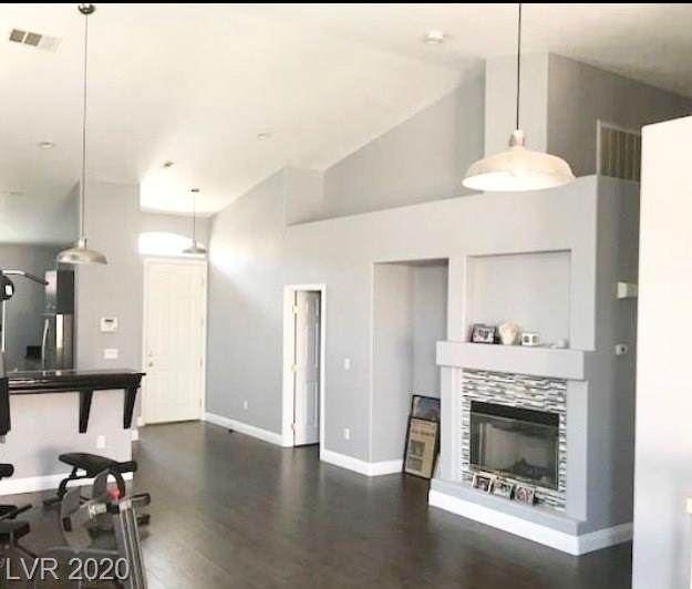9638 Donner Springs Avenue - Photo 1