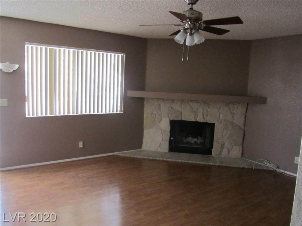 7949 Terrace Rock Way - Photo 1