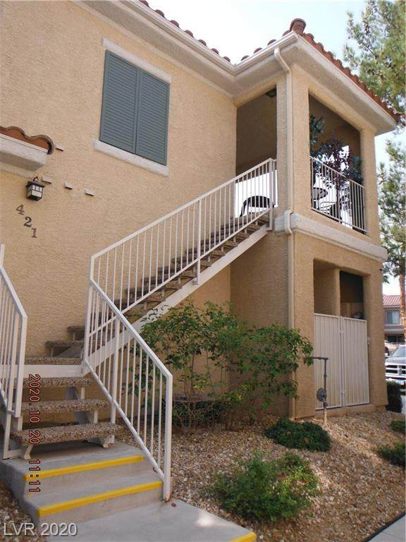 251 S Green Valley Parkway #421, Henderson, NV 89012 (MLS #2240501) :: The Shear Team