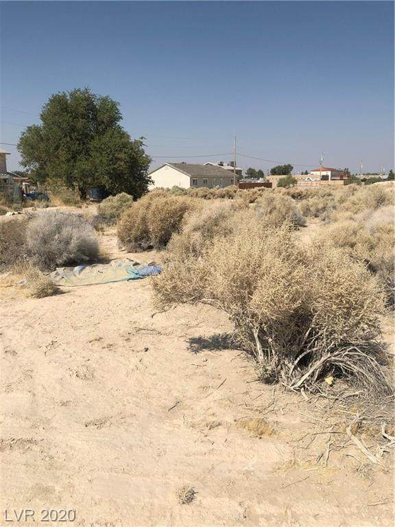 2010 S Pershing Avenue, Pahrump, NV 89048 (MLS #2242249) :: The Mark Wiley Group | Keller Williams Realty SW
