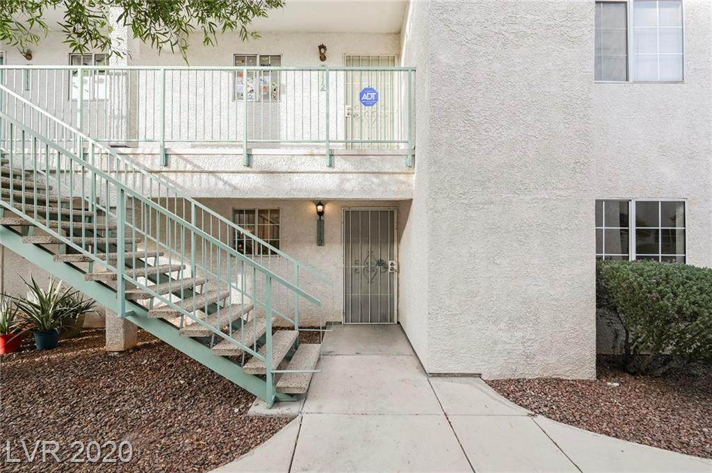 2725 Nellis Boulevard - Photo 1