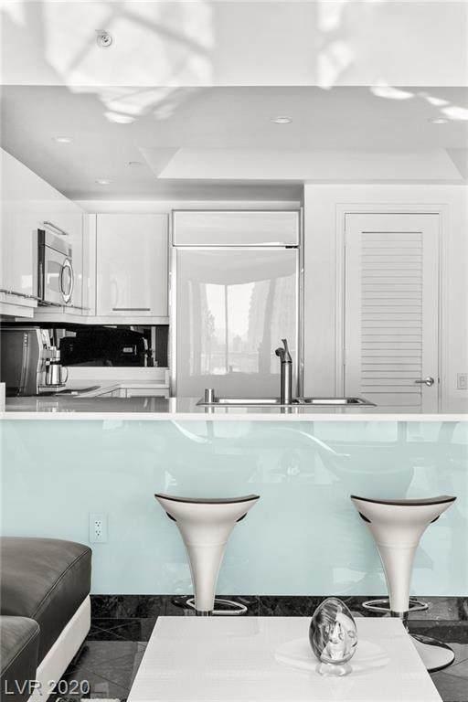 222 Karen Avenue #3004, Las Vegas, NV 89109 (MLS #2250266) :: Signature Real Estate Group