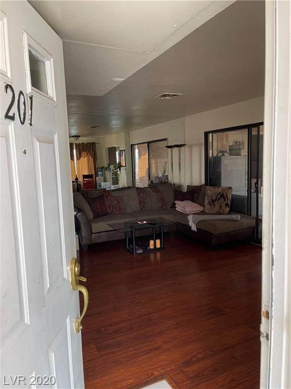 4851 Torrey Pines Drive #201, Las Vegas, NV 89103 (MLS #2255774) :: Vestuto Realty Group