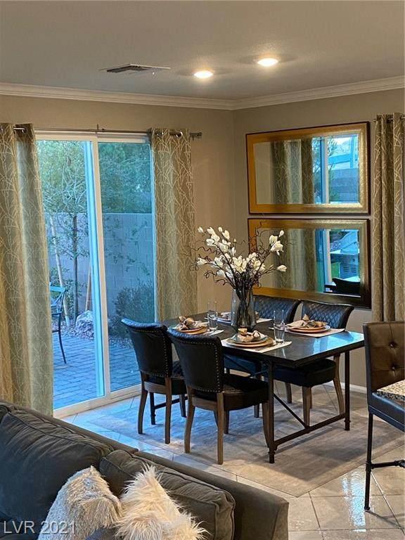 5604 Autumn Cliffs Way, Las Vegas, NV 89118 (MLS #2261473) :: Signature Real Estate Group