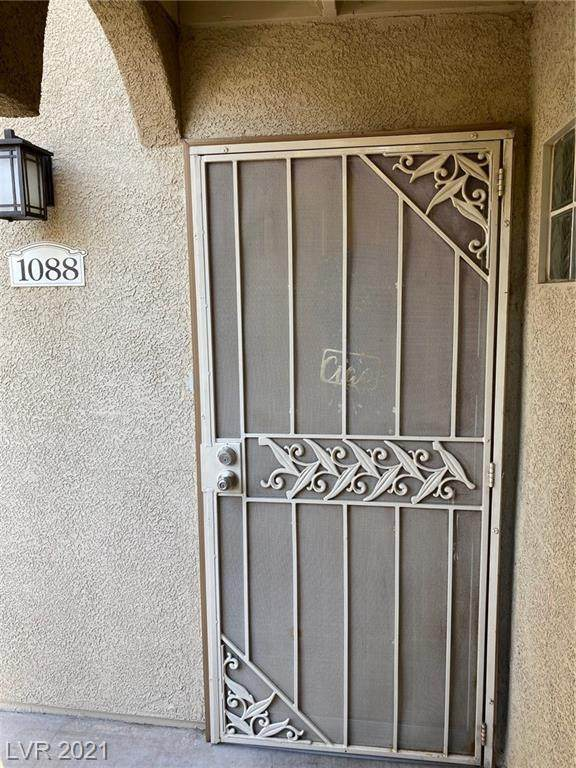 3145 E Flamingo Road #1088, Las Vegas, NV 89121 (MLS #2261517) :: Signature Real Estate Group