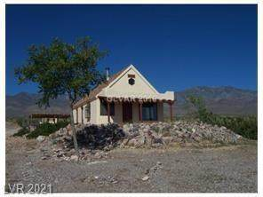 7051 Sharpe Road, Pahrump, NV 89060 (MLS #2263382) :: The Shear Team