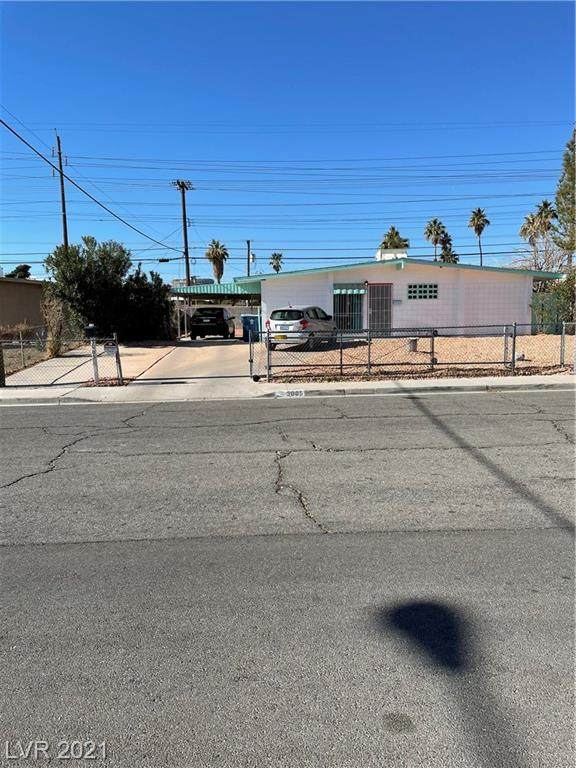 3005 Talbot Street, Las Vegas, NV 89169 (MLS #2263467) :: The Shear Team