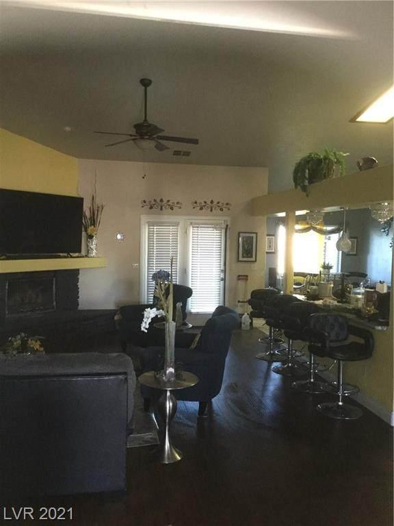 1320 E Mt Charleston Dr. S Drive, Pahrump, NV 89048 (MLS #2269848) :: ERA Brokers Consolidated / Sherman Group