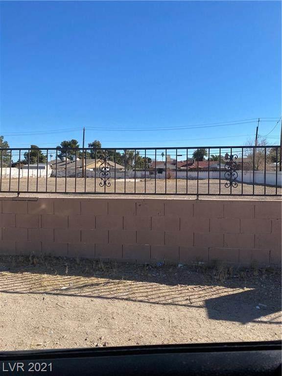 Frontier, Las Vegas, NV 89101 (MLS #2269900) :: Lindstrom Radcliffe Group