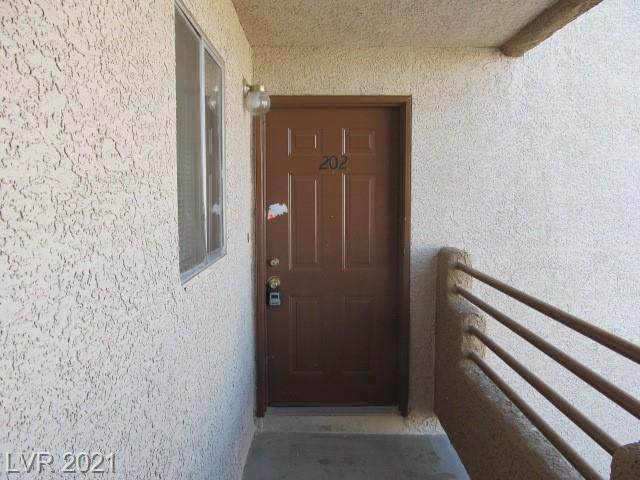 6865 Tamarus Street #202, Las Vegas, NV 89119 (MLS #2282479) :: Signature Real Estate Group