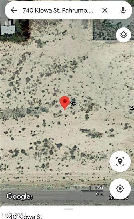 740 E Kiowa Street, Pahrump, NV 89048 (MLS #2283212) :: Signature Real Estate Group