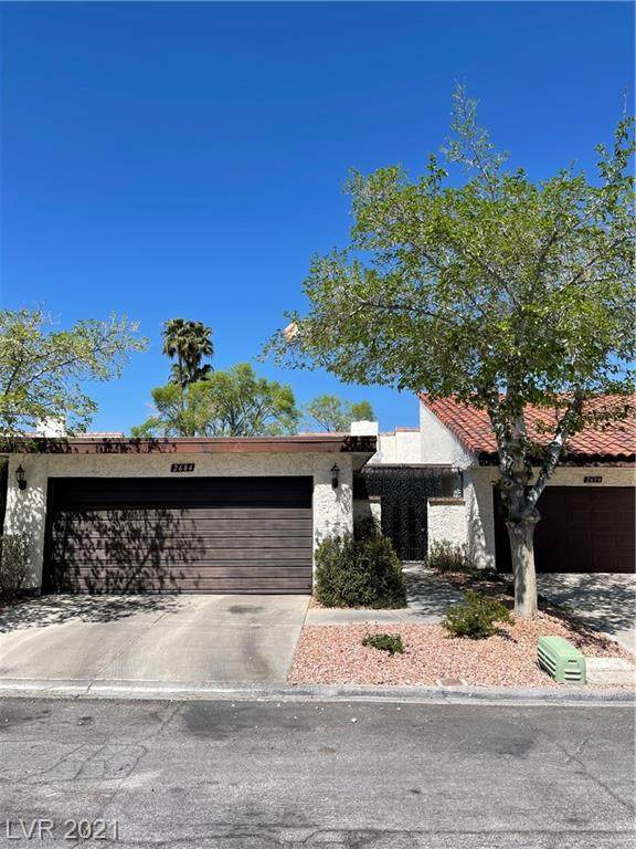 2684 San Lago Court, Las Vegas, NV 89121 (MLS #2284410) :: Signature Real Estate Group