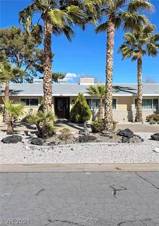 348 Country Club Drive, Henderson, NV 89015 (MLS #2287833) :: Team Michele Dugan