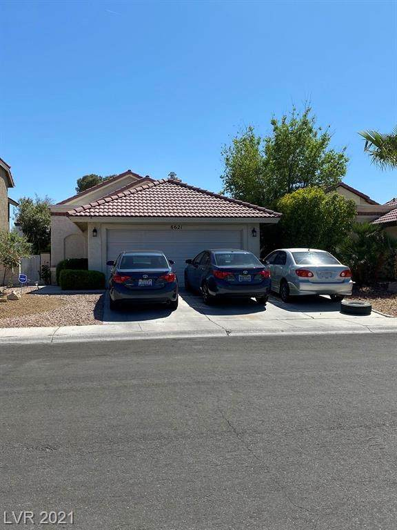 6621 Joe Michael Way, Las Vegas, NV 89108 (MLS #2287937) :: Signature Real Estate Group