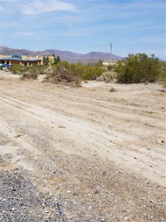 6931 N Nevada Highway 160, Pahrump, NV 89060 (MLS #2289017) :: Signature Real Estate Group