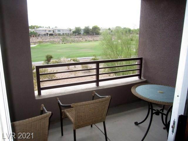 700 Peachy Canyon Circle #103, Las Vegas, NV 89144 (MLS #2289729) :: DT Real Estate