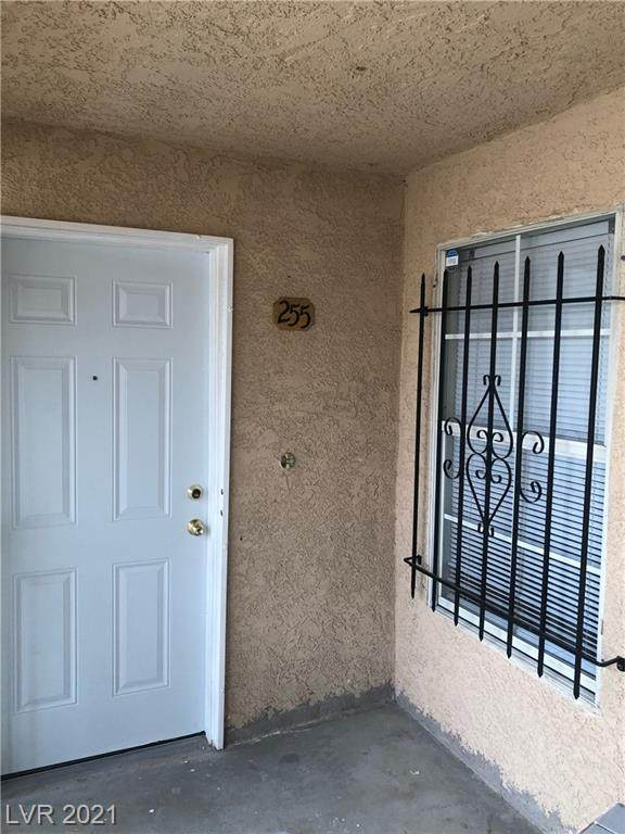 1830 N Pecos Road #255, Las Vegas, NV 89115 (MLS #2290367) :: Signature Real Estate Group