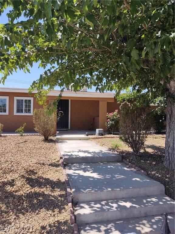 2363 Palma Vista Avenue, Las Vegas, NV 89169 (MLS #2293432) :: Lindstrom Radcliffe Group