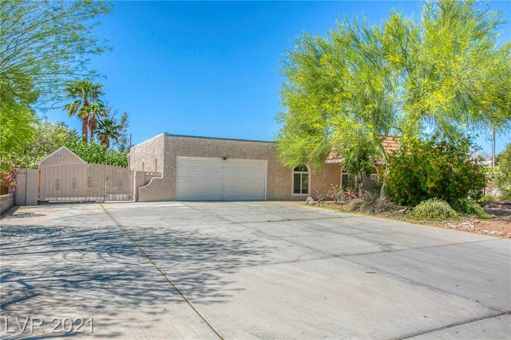 5065 Lake Mead Boulevard - Photo 1