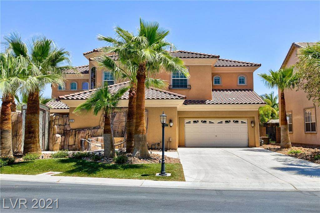 10702 Tapestry Winds Street - Photo 1