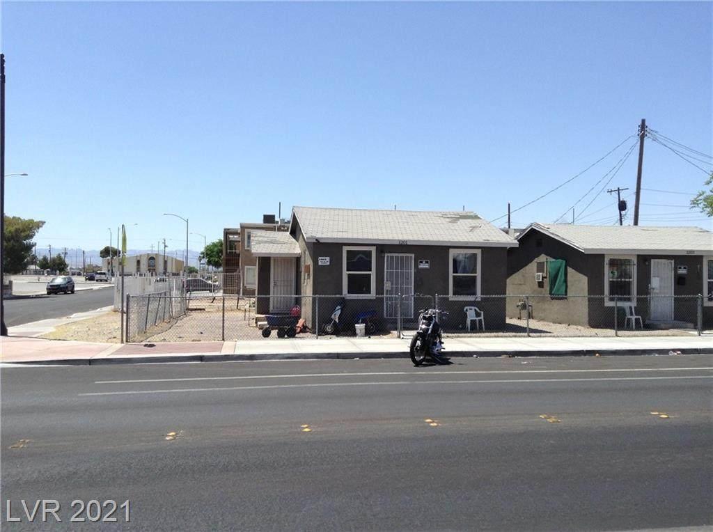 1201 D Street - Photo 1