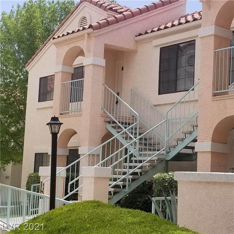 4831 Torrey Pines Drive - Photo 1