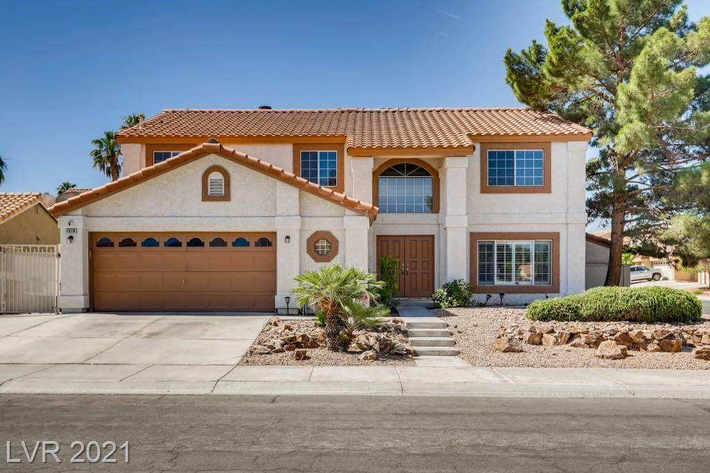 1518 Twin Springs Court - Photo 1