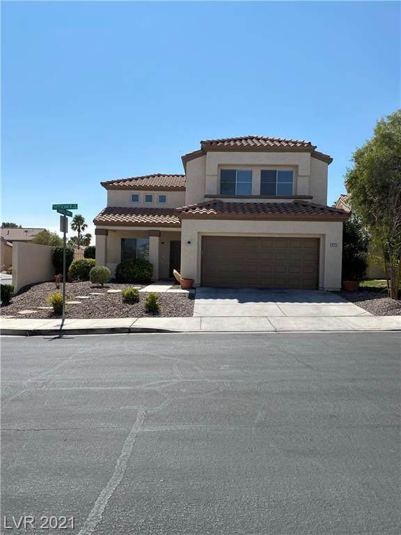 9733 Horse Back Circle, Las Vegas, NV 89117 (MLS #2300330) :: Signature Real Estate Group