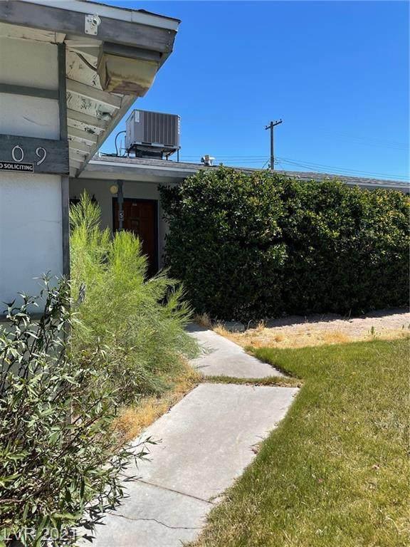 5909 Marka Drive, Las Vegas, NV 89108 (MLS #2304030) :: Galindo Group Real Estate