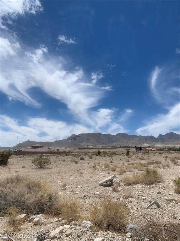Ruffian & Ann Rd, Las Vegas, NV 89149 (MLS #2304912) :: Lindstrom Radcliffe Group